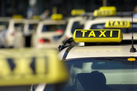 乗り物:タクシー